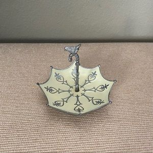 Cynthia Rowley Jewelry/Ring Holder Dish
